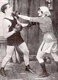 Benny Leonard & Annette Kellerman - Jan 28 1922 NPG.jpg
