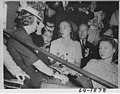 Bess and Margaret Truman at the 1944 Democratic National Convention 64-1878.jpg