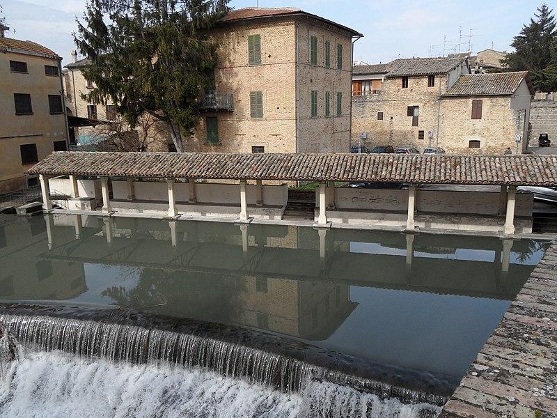 File:Bevagna - panoramio (2).jpg