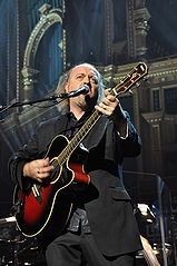 Bill Bailey rocking out