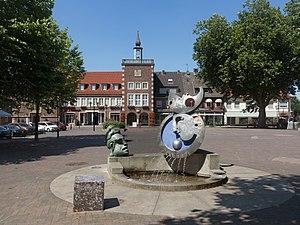 Borken, North Rhine-Westphalia - Image: Borken, sculptuur op den Markt foto 7 2016 07 20 14.55