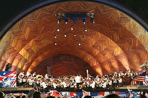 Hatch Memorial Shell - Image: Boston Pops Esplanade Orchestra 2005 07 04