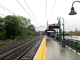 Branford station - The 2005-built single platform at Branford in 2013, prior to the addition of the pedestrian bridge and second platform
