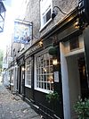 Britannia pub, Brewers Lane, Richmond 01.jpg