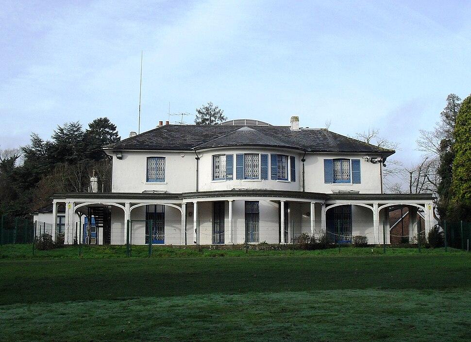 Broadfield House, Crawley (IoE Code 363333)