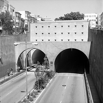Broadway Tunnel (San Francisco) - Western portal, from the Hyde Street overpass