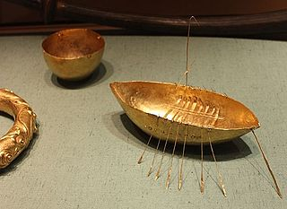 hoard of gold artefacts from the 1st century BC that were found in 1896 in the north of Ireland