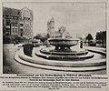 Brunnen auf dem Barbarossaplatz ohne Bildwerkschmuck in Düsseldorf-Oberkassel, Foto Julius Sohn, 1916.jpg