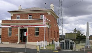 Bundarra, New South Wales - Former Post office and war memorial