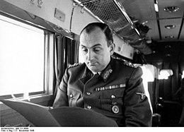 Bundesarchiv Bild 121-0689, General Kurt Daluege.jpg