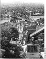 Bundesarchiv Bild 183-P0714-0011, Dresden, Schwebebahn, Elbbrücke.jpg