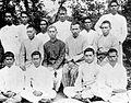 COLLECTIE TROPENMUSEUM Groep Christelijke onderwijzers uit de Minahasa die les geven in de Bataklanden Noord-Sumatra TMnr 10002267.jpg