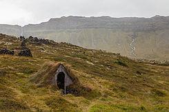 Cabaña subterránea en la región de Búðahraun, Vesturland, Islandia, 2014-08-14, DD 046.JPG