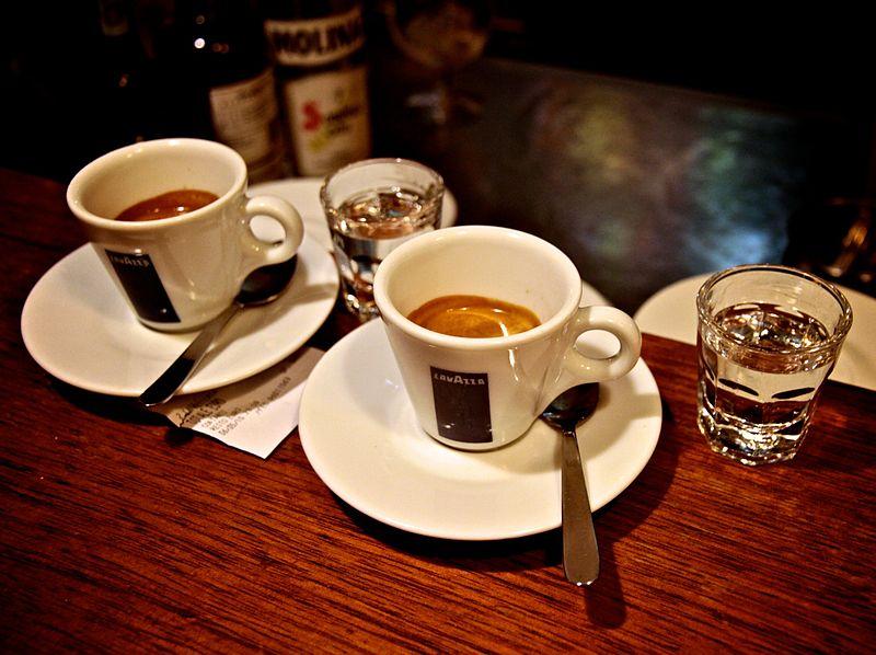 Como pedir um café na Itália