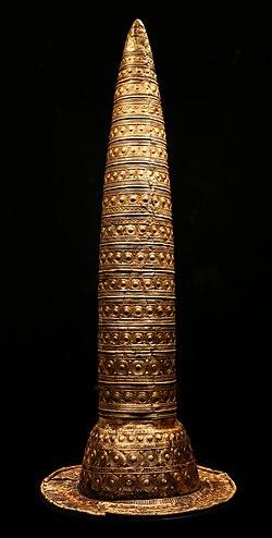 Cappello d'oro di berlino, 1000 ac ca. 01.jpg