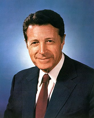 Events leading to the Falklands War - Caspar Weinberger, United States Secretary of Defense between 1981 and 1987