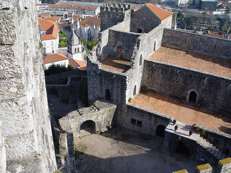 Imagem:Castelo de Leiria 13.jpg