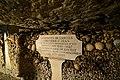Catacombes de Paris (22266700370).jpg
