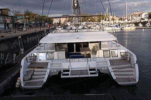 Catamaran de croisière Lagoon 620.JPG