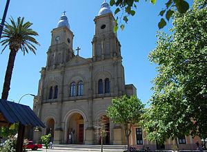 Florida, Uruguay - Image: Catedral Plaza Asamblea