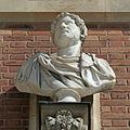 Château de Versailles, cour de marbre, buste d'Hadrien, Vdse 99 02.jpg