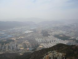 ChangwonHangul: 창원 Hanja: 昌原市 RR: Changwon-si MR: Ch'angwŏn-shi