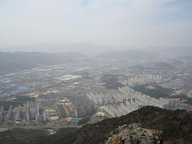Changwon-View from Daeamsan.jpg