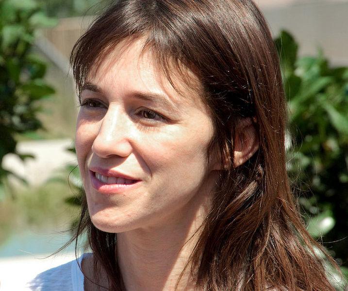 File:Charlotte Gainsbourg 2010 b.jpg