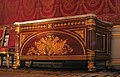 Chateau Fontainebleau-chest-001.jpg