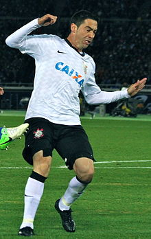 Chicão 2012 FIFA Club World Cup (cropped).jpg