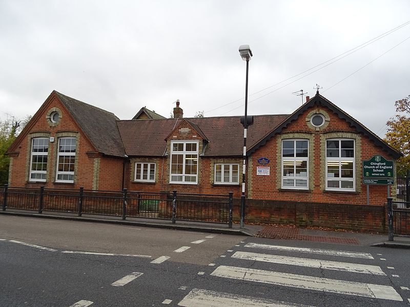File:Chingford Infants School Kings Road Chingford London E4 7EY.jpg