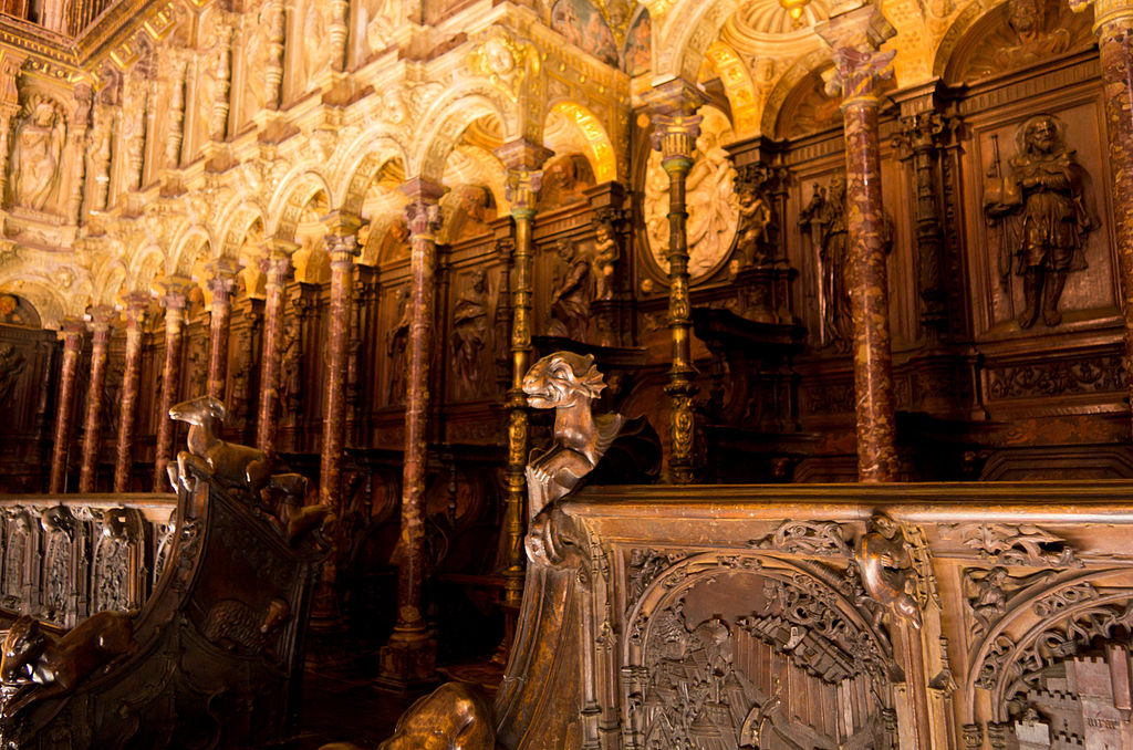 Choir stall of Cathedral of Toledo 08.jpg