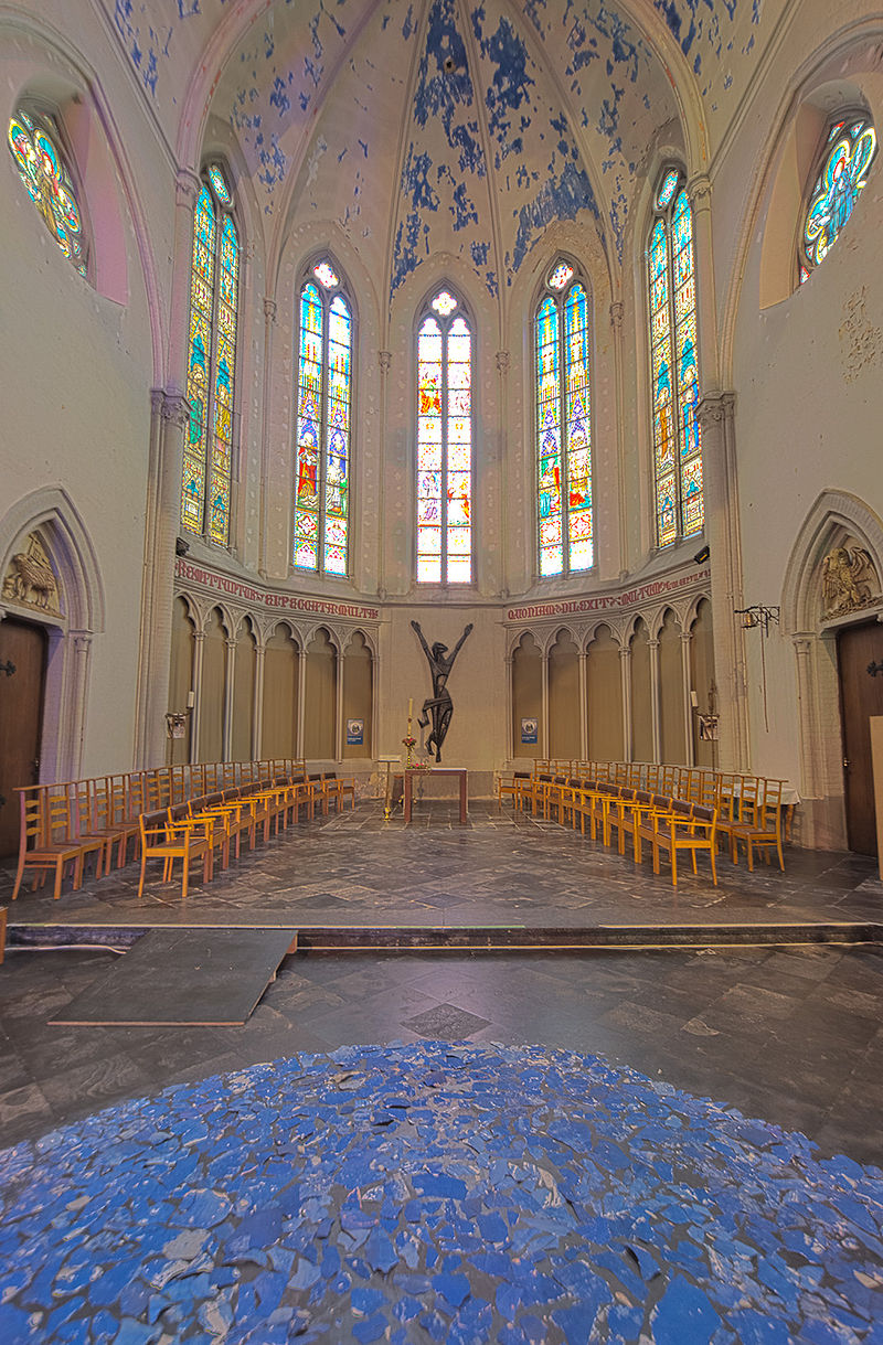 Church (HDR) (8279822139).jpg