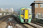 Clapham Junction railway station MMB 32 377605.jpg