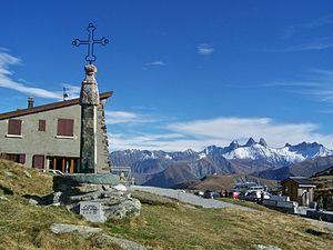2012 Tour de France - Image: Col de la Croix de Fer (Savoie)