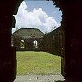 Collectie Nationaal Museum van Wereldculturen TM-20030074 De ruines uit de 1774 daterende Nederlands Hervormde Kerk Sint Eustatius Boy Lawson (Fotograaf).jpg
