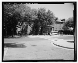 Contextual view, looking southeast - Fort Bliss, Post Hospital, Pershing Road, El Paso, El Paso County, TX HABS TX-3339-R-1.tif