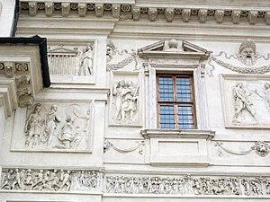Arcus Novus - Image: Controfacciata di villa medici, rilievi romani 04 05 06 da arcus novus
