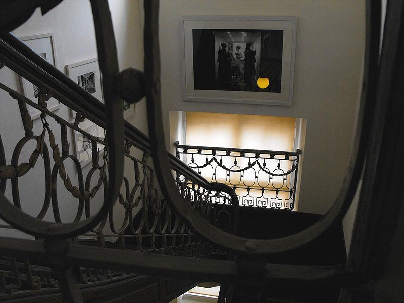 file couven museum treppenhaus gel