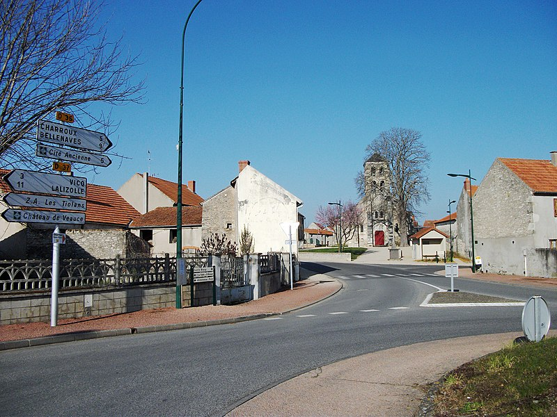 Departmental road 35 (signs left in the picture) in Saint-Bonnet-de-Rochefort, Allier [10470]