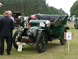 Edward Manville - Daimler car 1903