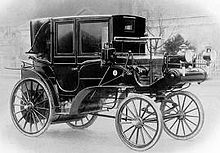1897 Daimler Victoria was the first gasoline-powered taxicab