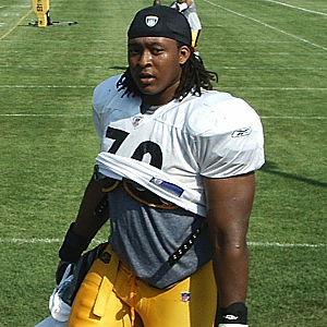 Darnell Stapleton - Stapleton with the Pittsburgh Steelers in 2007