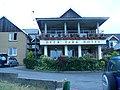 Deer Park Hotel Entrance - panoramio.jpg
