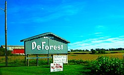 Deforest Welcome Sign