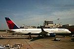 Delta N556NW Boeing 757-200 (32542770100).jpg