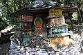 Dharamsala-Norbulingka-08-Manisteine-gje.jpg