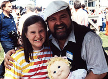 Dom Deluise and fan (3510974986).jpg