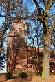 Dorfkirche in Schönhausen (Elbe) im Herbst.jpg
