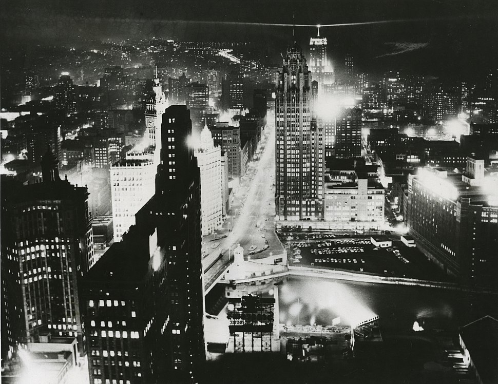 Downtown Chicago at night (August 11, 1956)